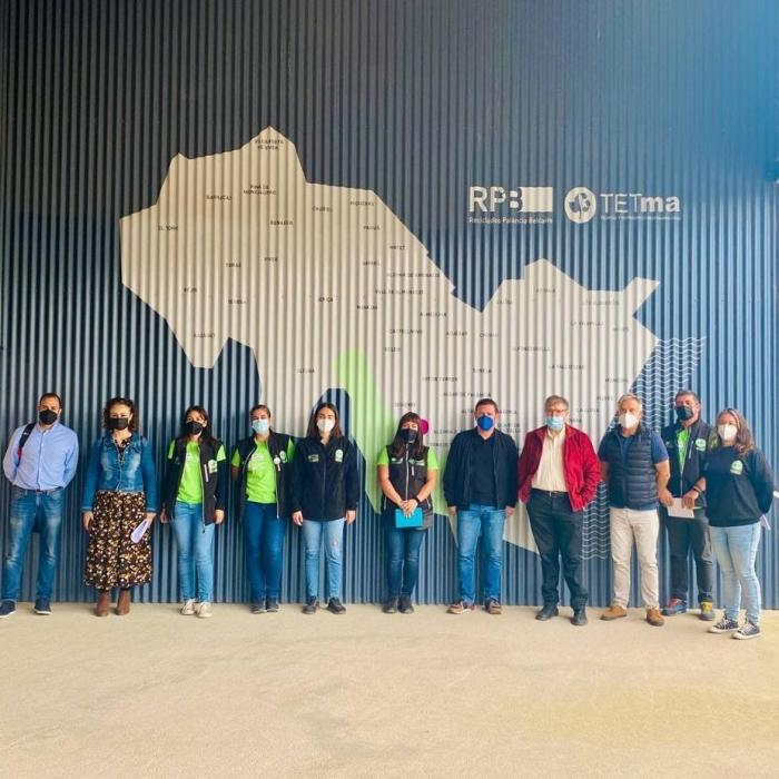Garcia visita la planta de residuos de Algímia con el equipo de Educación Ambiental de la Diputació en la zona Sur