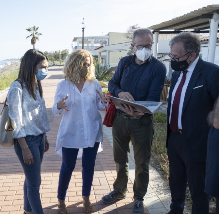 José Martí visita el poblat marítim de Torre la Sal per a mostrar el suport de la Diputació de Castelló a les reivindicacions de Cabanes
