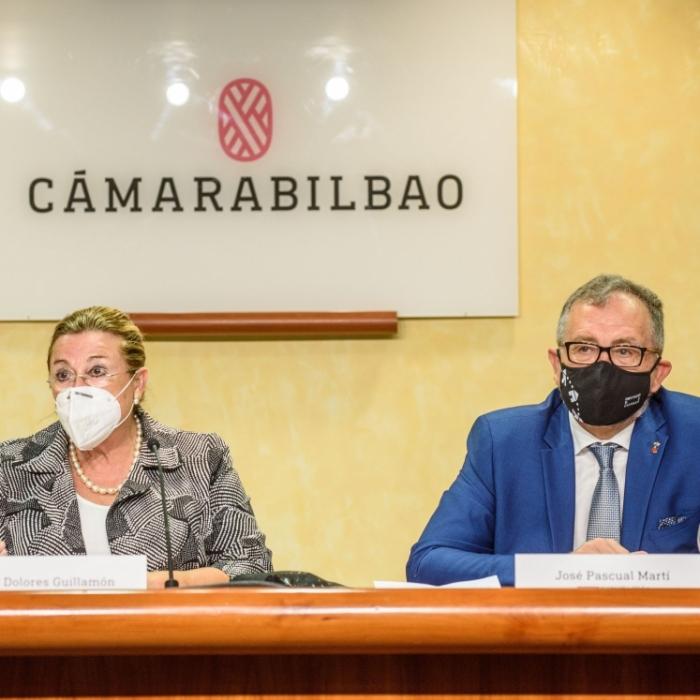 """José Martí alaba l'aposta d'Aerocas i Volotea per la ruta aèria Castelló-Bilbao i posa en valor davant els empresaris bascos """"la fusió del Mediterrani i interior"""" de la província"""