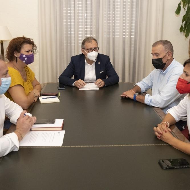 José Martí abre el diálogo con  la oposición para trabajar en los presupuestos de 2022 y poner en marcha un ambicioso plan bianual de inversiones
