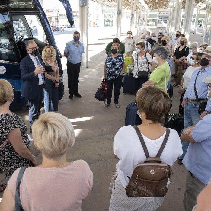 Castelló Sènior reprendrà al setembre els viatges per la província amb més de 6.500 inscripcions per als tres circuits del programa de vacances de la Diputació
