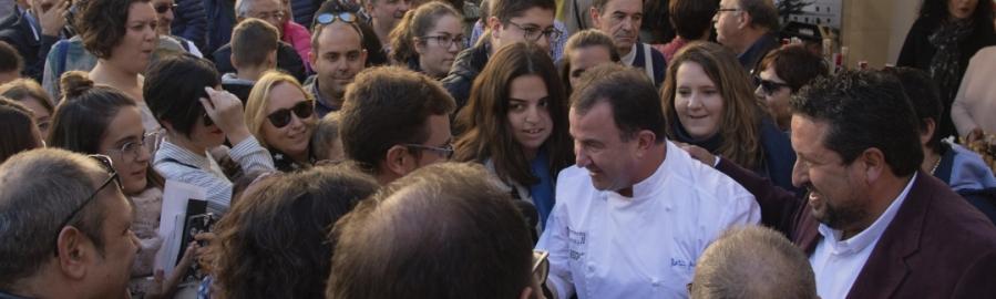La Diputación repartirá guías divulgativas en el Mercat de la Trufa