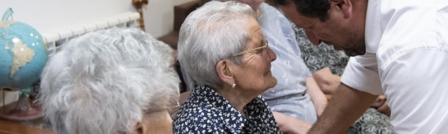 Diputación alcanzará en 2019 un total de 123 centros de atención a niños y mayores