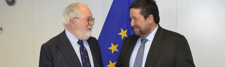 Moliner abre interlocución directa con el Comisario europeo