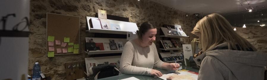 Diputación financia la contratación de informadores turísticos