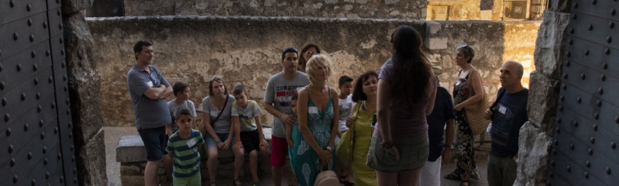 Diputación comprueba la mejora del Castillo de Peñíscola como producto turístico