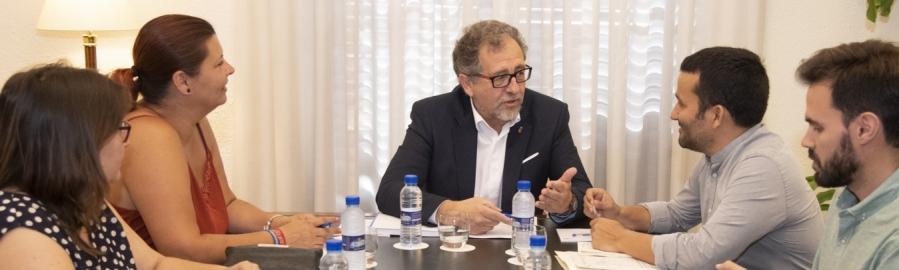 Martí i el conseller Marzà estrenyen llaços per a treballar de forma conjunta