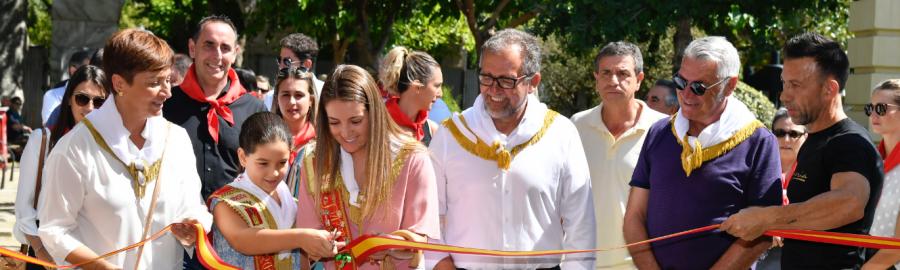 Martí visita Segorbe y muestra el apoyo de Diputación a la tradicional entrada de toros y caballos