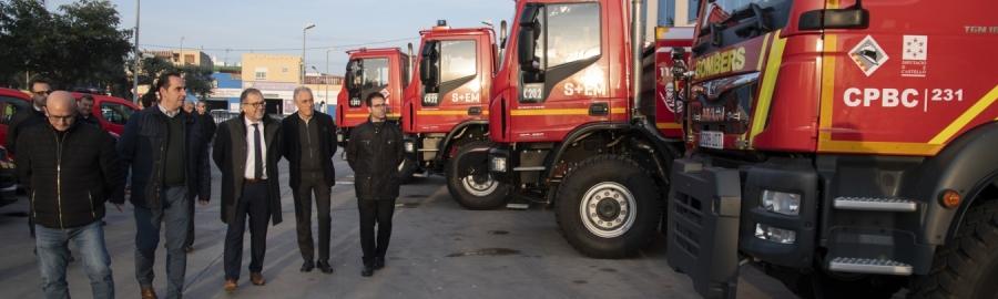 Los bomberos de Castelló modernizan su flota con 10 nuevos vehículos