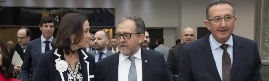 José Martí aconsegueix el compromís de la ministra Reyes Maroto per a visitar Castelló i estudiar solucions per a la indústria ceràmica