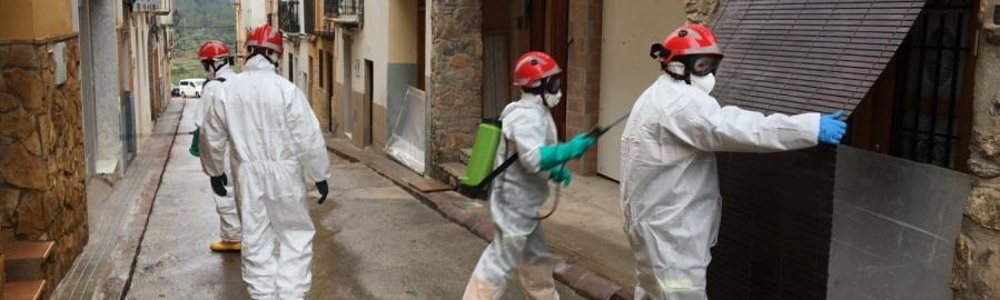 El Consorci Provincial de Bombers de la Diputació desinfecta les localitats de Suera i Tales