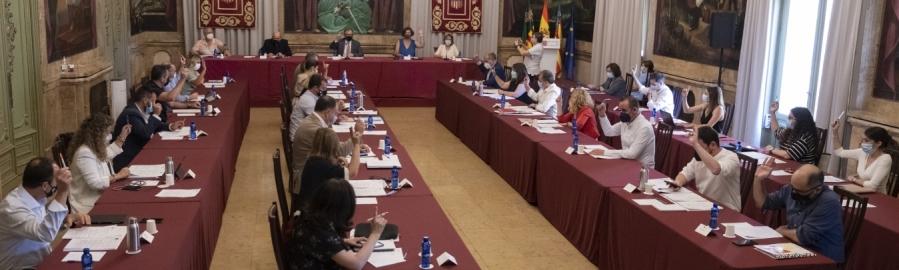 Jose Martí defensa la qualitat assistencial de l'Hospital Provincial i advoca pel diàleg per a continuar millorant la gestió sanitària