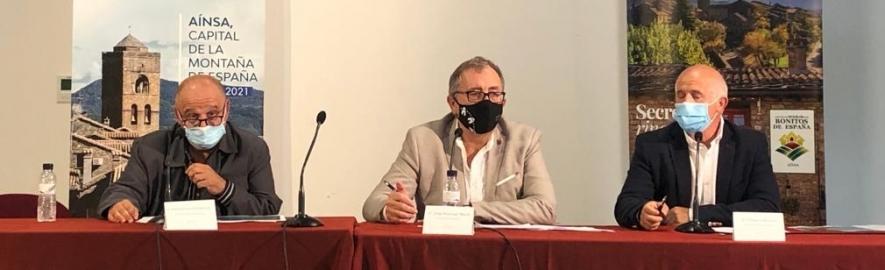 José Martí presenta en el congreso de Esmontañas en Aínsa (Huesca) el proyecto de la Diputación para la transición digital de la provincia de Castellón